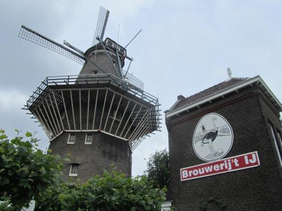 Brouwerij 't IJ e il mulino De Gooyer